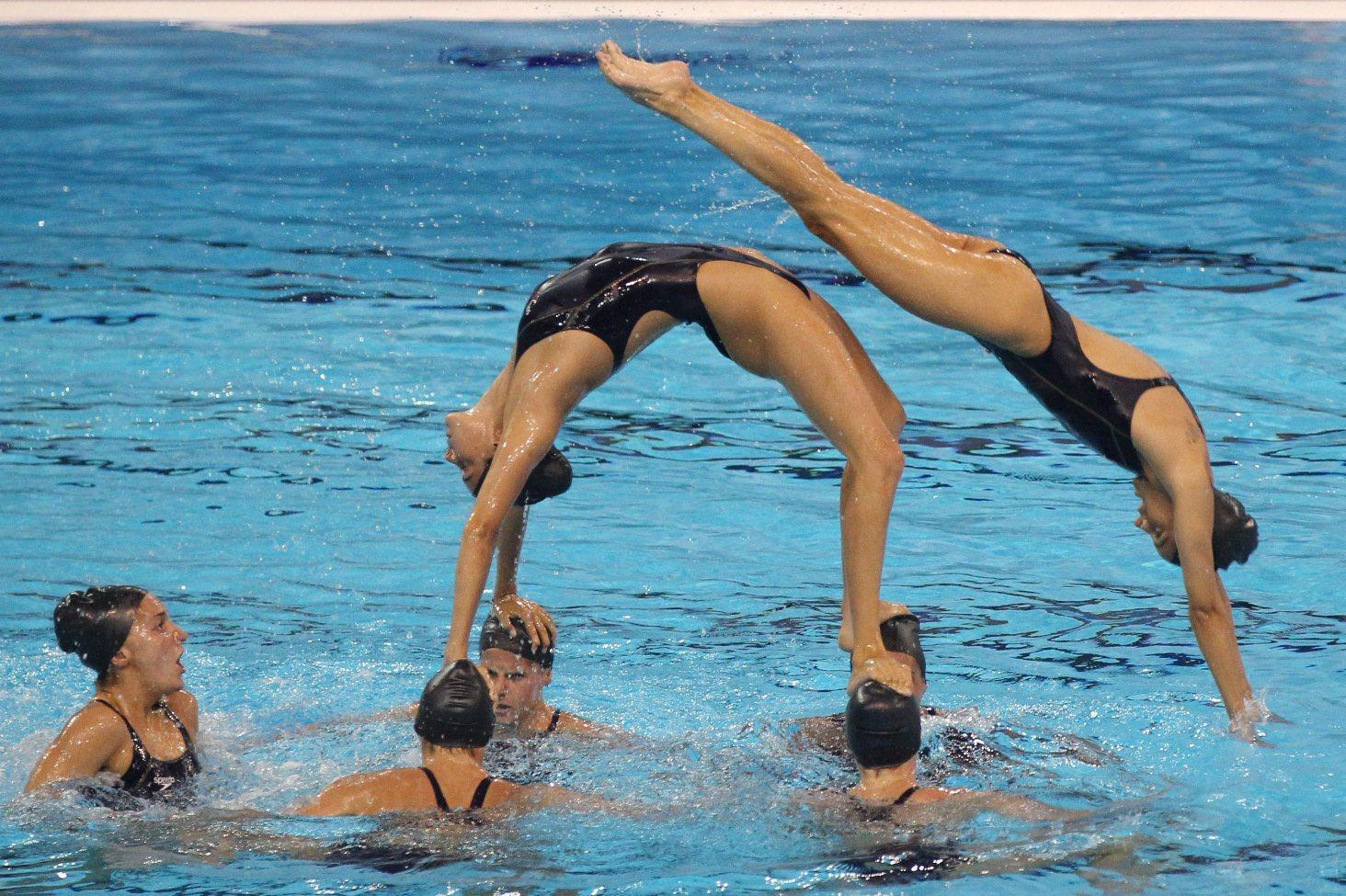 A savona l european champions cup di sincro swimbiz - Piscina olimpiadi ...