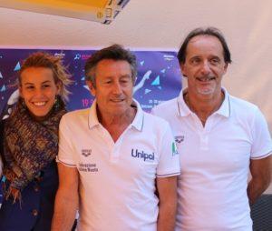 Tania Cagnotto col padre e Ct Giorgio e il tecnico Oscar Bertone (Sportnews)