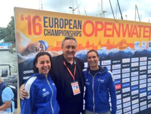 Rachele Bruni e Arianna Bridi con Paolo Barelli, Presidente della Federnuoto e della Ligue Européenne de Natation (Fin)