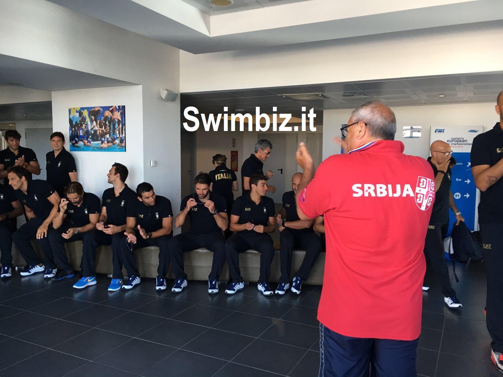 Pino castellucci al centro di gravit acquatica swimbiz for Castellucci arredamenti roma