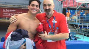 Il campione olimpico Joseph Schooling con l'ex Ct Sergio Lopez Mirò