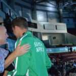 Chad Le Clos in tribuna col padre (Deepbluemedia)