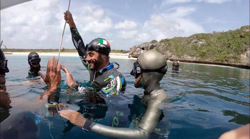 Homar Leuci Record Italiano di profondità al Vertical Blue: -116 m !