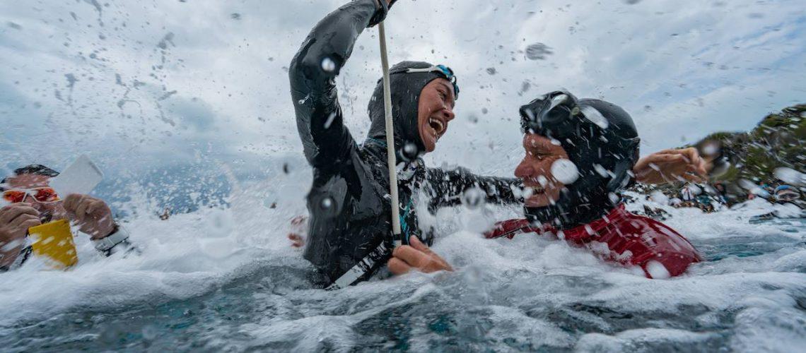 Alessia Zecchini trionfante dopo il record mondiale