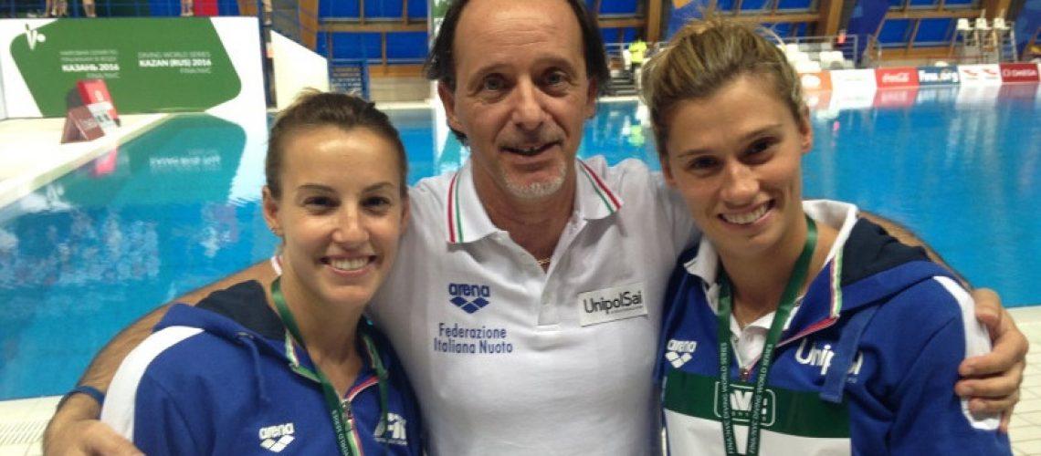 Oscar Bertone tra Tania Cagnotto e Francesca Dallapè