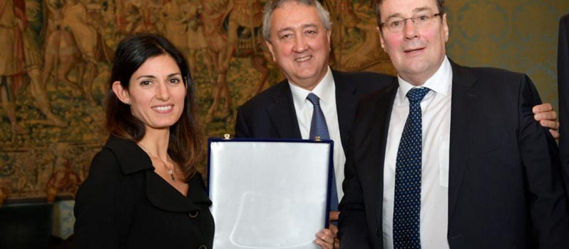 Paolo Barelli con la Sindaca Virginia Raggi