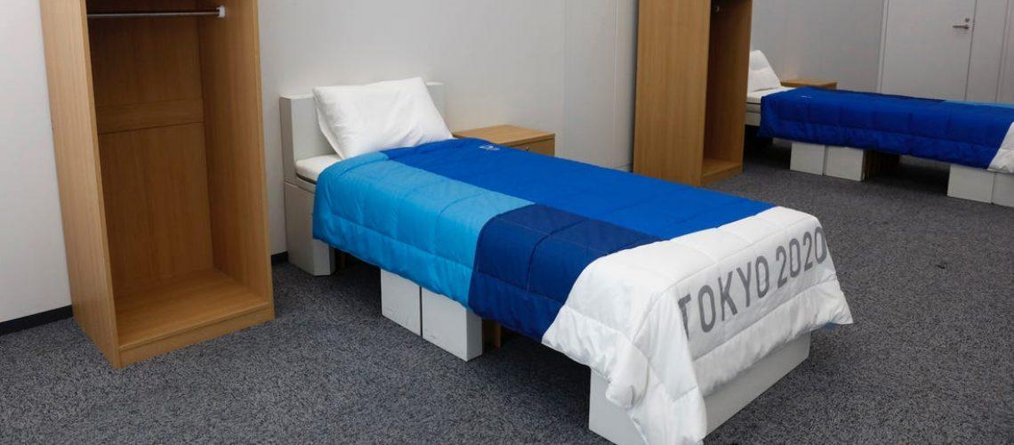Una stanza del Villaggio Olimpico di Tokyo 2020