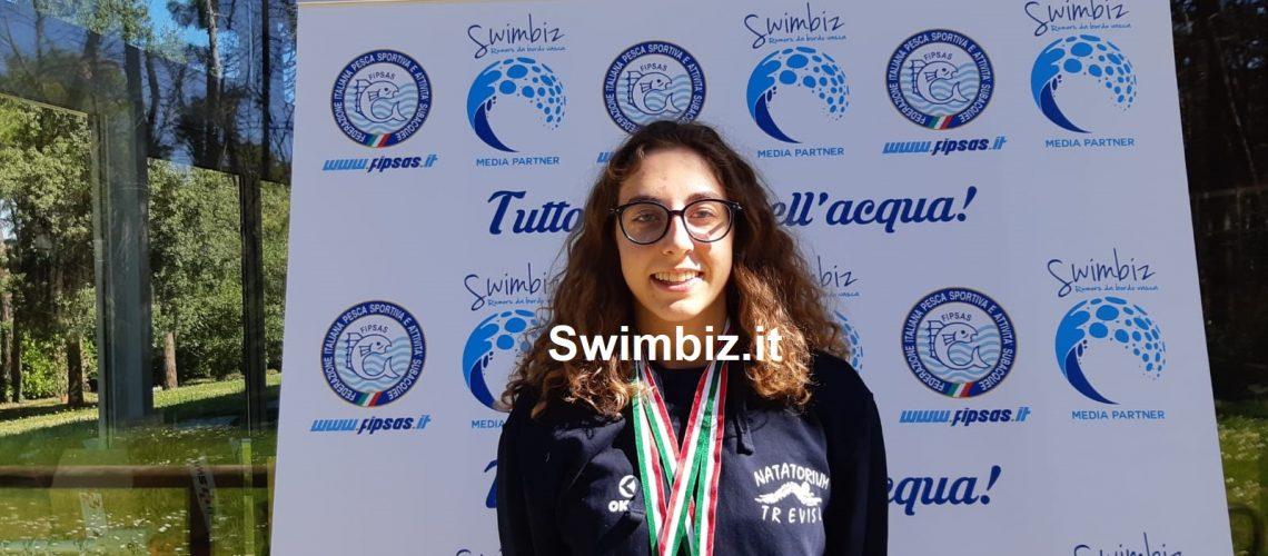 Viola Magoga con l'Oro e l'Argento vinti alla World Cup di Lignano